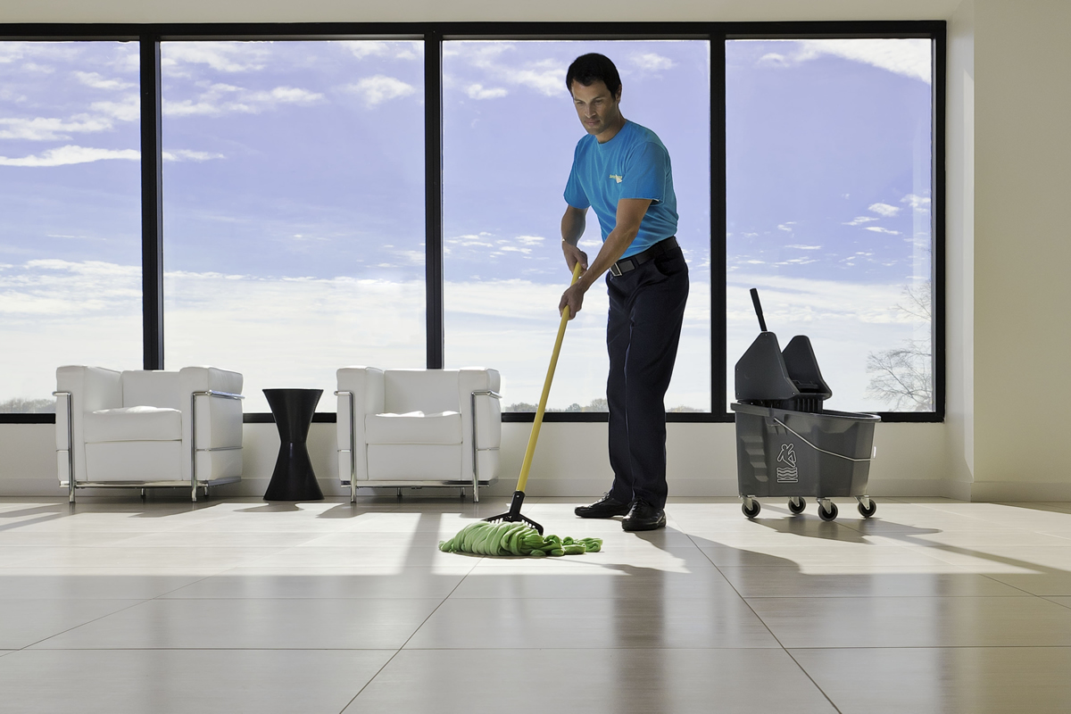 Benefits of Hiring a Janitorial Service for Your School