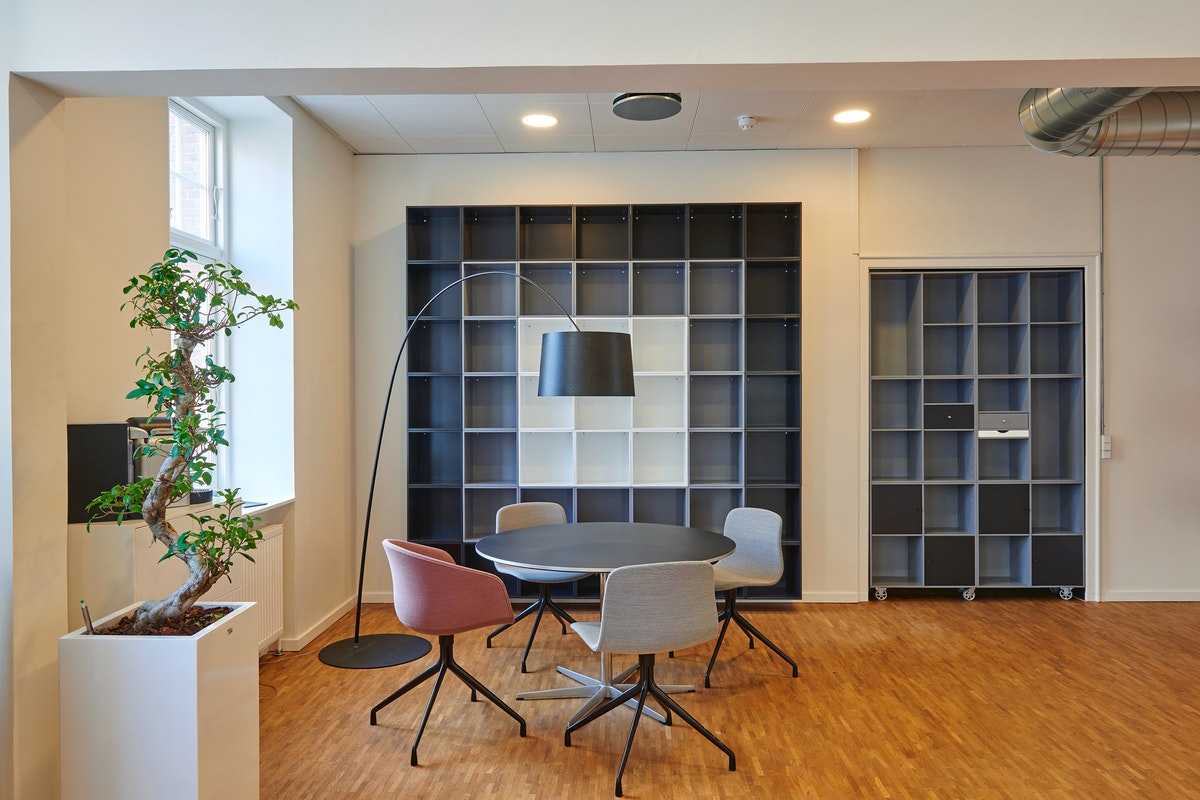 How a Clean Office Space Can Improve Productivity