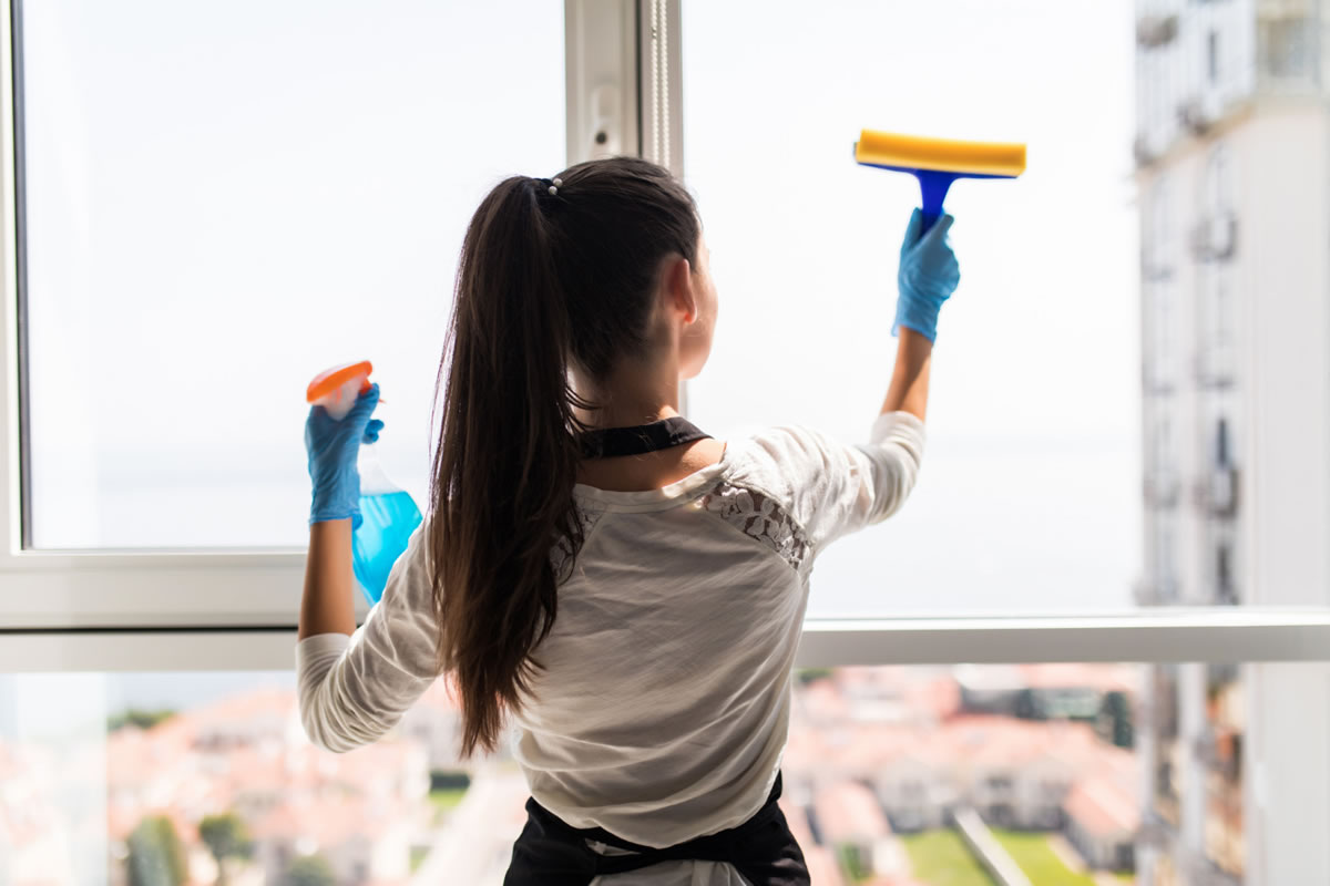 Four Mistakes to Avoid When Performing Office Cleaning in Commerce, CA
